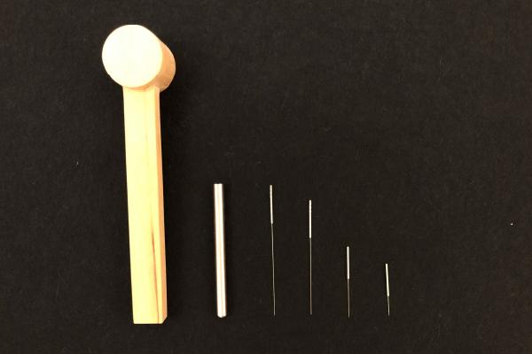 明石駅徒歩3分、アスピア明石北館1階(寿整骨院併設)の寿鍼灸院は衛生的で安心な国内製鍼を使用。